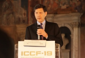 Tom Darden Speaking at ICCF19 — Courtesy MFMP.